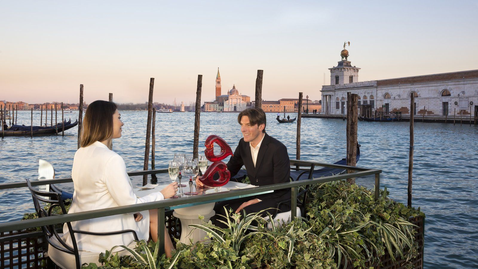 Floating table romantic dinner for two La Cusina Restaurant